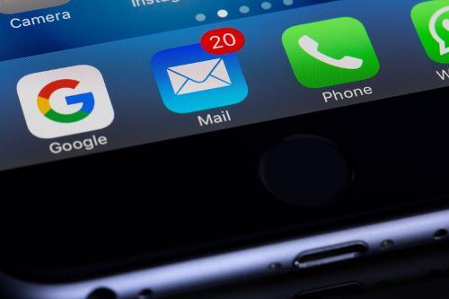 Les E-mails… Ces Courriers Qui Remplissent Nos Téléphones De Notifications !