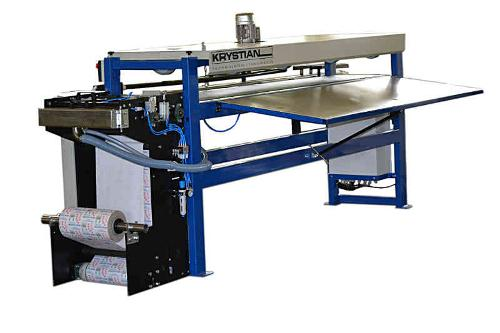 Band labeling machine / Machine to wrapping logs