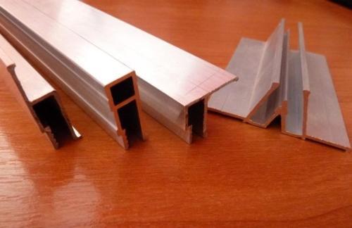Алюминиевый профиль для изготовления натяжных потолков