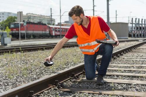 铁轨和道岔测量仪 CALIPRI C42