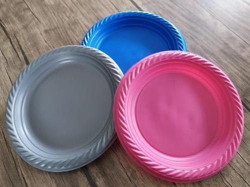 PLASTIC LUXIST PLATES