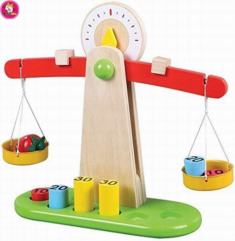 Wooden Educational Weighing Balancing Scale