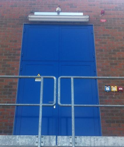 Portes métalliques spéciales - Système Forster