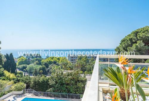 Tasteful Cannes Californie apartment with sea view