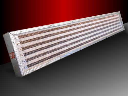 Infrared radiant custom-made panels with low thermal inertia