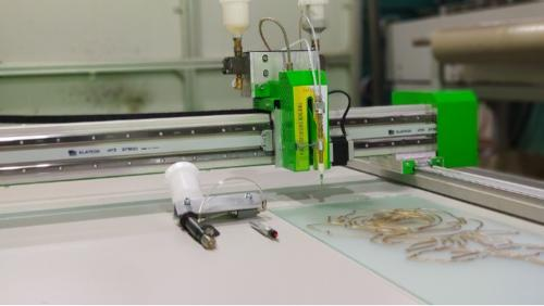 CNC Resin dispensing machine for stained glass.