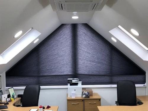 BLACKOUT CELLULAR BLIND