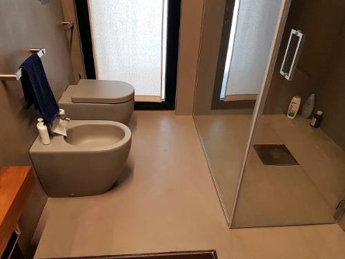 Resina ad acqua per pavimenti
