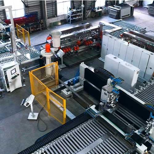 Flachglasbearbeitungsmaschinen