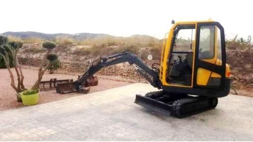Mini Digger / Excavator