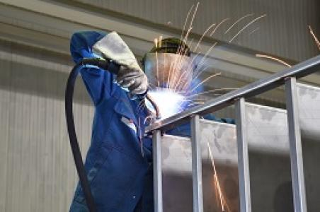 Herstellung von kleinen Metallkonstruktionen