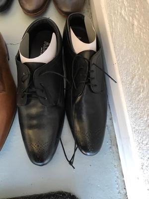 Chaussures neuves hommes