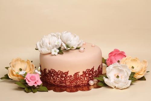 Cake decorations - sugar flowers for cakes
