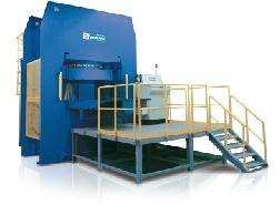 Presses compression pour pièces composites