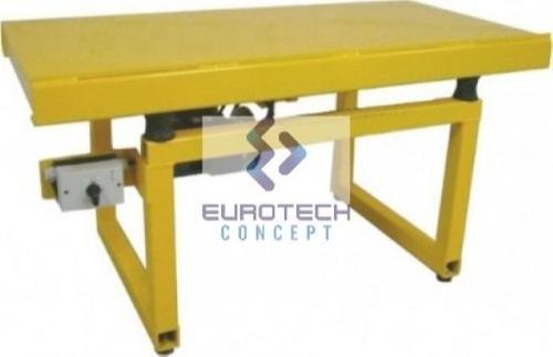 Table vibrante TTS04