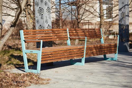 Bench Boston