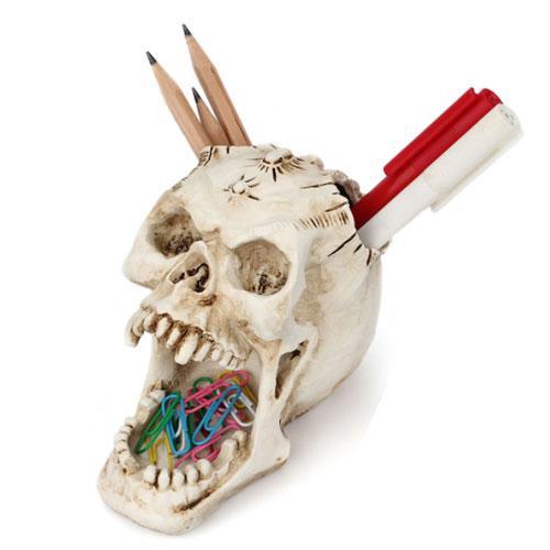 Scary head skulls halloween decorations