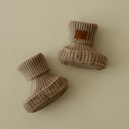 Booties knitted from cotton Cappuccino