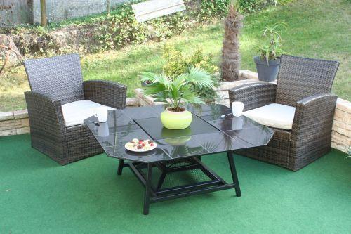 Table basse de jardin avec foyer