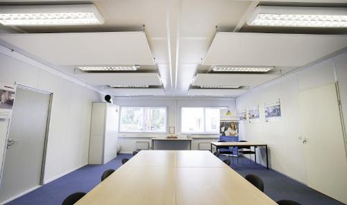Panneaux insonorisants pour une parfaite acoustique dans vos bâtiments modulaire