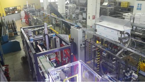 Full Automatic Filling Line (Robotic Case Strech& Cartoning)