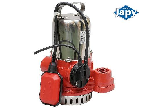 Submersible pump for raising clean water