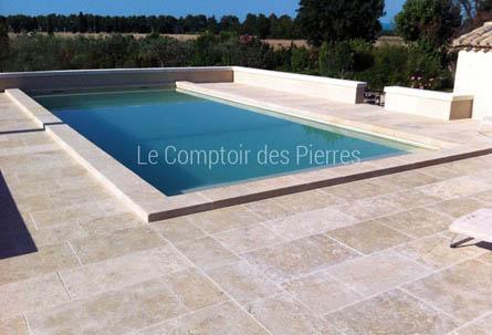 Piscine en pierre de Bourgogne