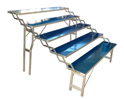 Table aluminium à gradins