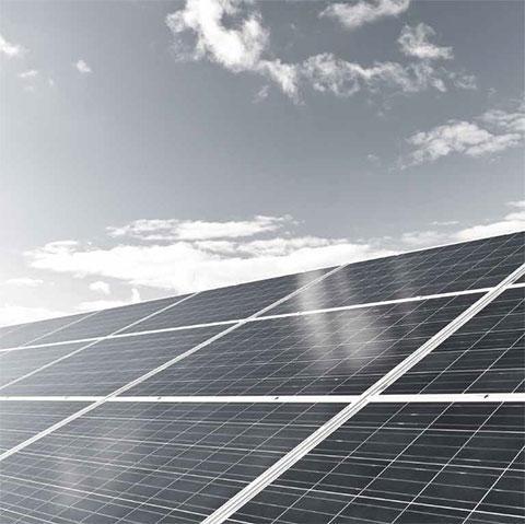 Solar- und Photovoltaik-Profile