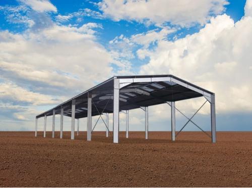 Bâtiment galvanisé structure et couverture renforcées