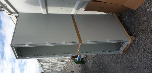 Armoire electrique SCHNEIDER ELECTRIC 2 portes en PROMOTION