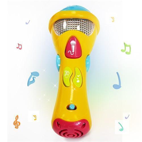 La grabación del micrófono de juguete