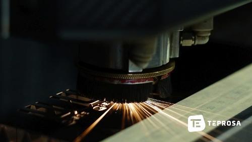 Laser-Präzisionsschneiden von Feinschneidteilen