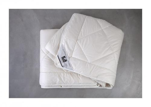 SUPER WASHABLE WOOL DUVET