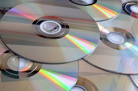 Kopieren von CDs/DVDs/Blu-Ray-Discs