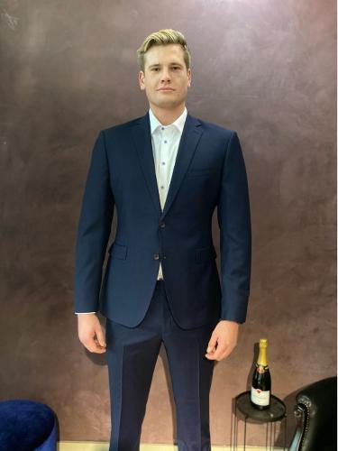 Bespoke Suit for 203cm long man, 120kg muscles.