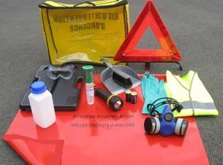 Valise ADR - Kit Adr - Protection Égouts, Réservoir, Pelle Et Epi - V4