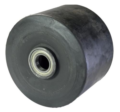 Solid rubber wheel for high capacities with electrically wel