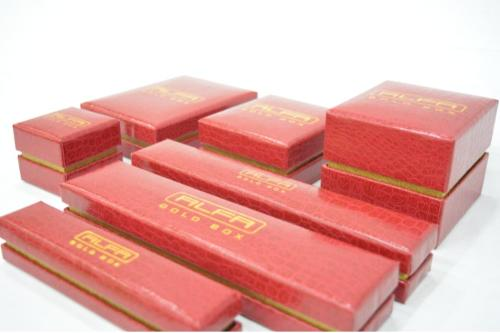 Dark Red Crocodile Leatherette Jewellery Boxes