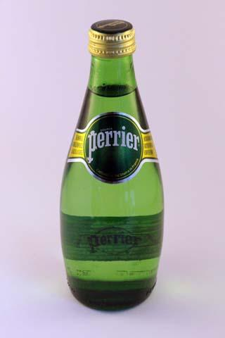 PERRIER Sparkling water 33 cl in glass bottle