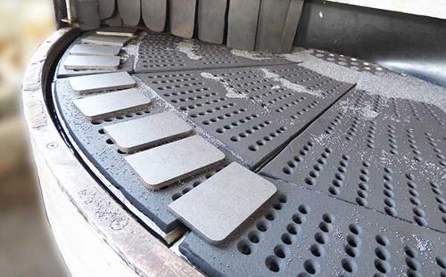 Śrutowanie stali i metali