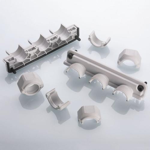 Geteilte Kabelverschraubungsysteme: UNI FLANSCH