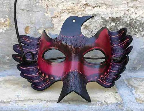 maschera in cuoio-bird