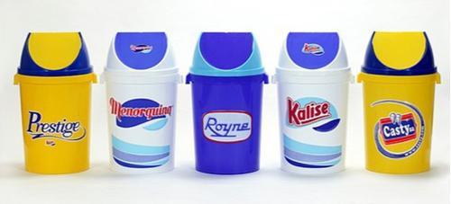 Papelerias e caixotes para residuos