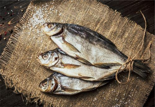 Smelt, dried, not gutted