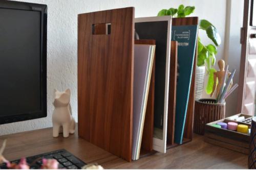 Reka Bookcase & Magazine holder - Mahogany Wood - WOODSAKA