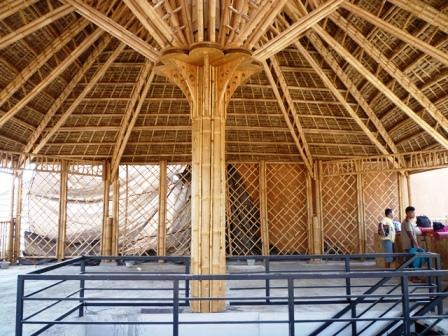 Structure complete en bambou
