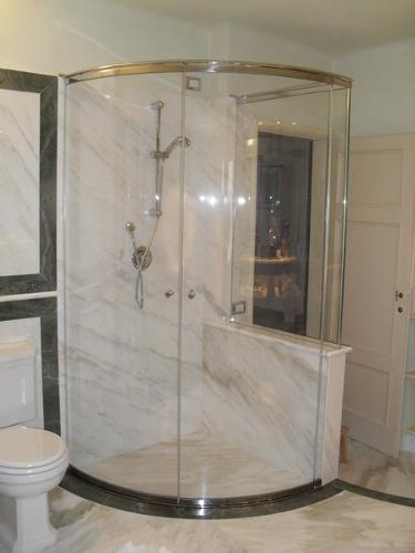 cabina doccia in vetro