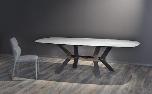 tavolo e sedia di design