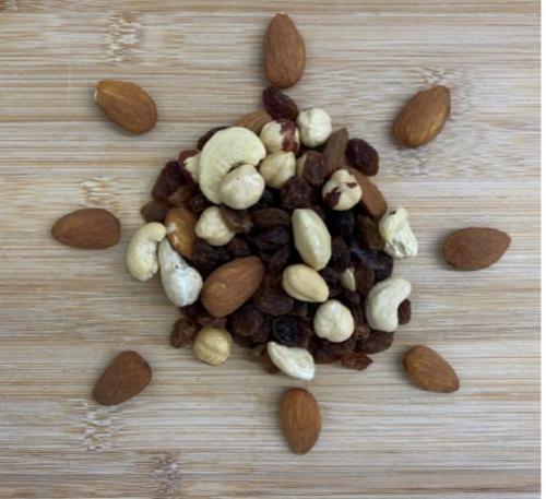 Mélange de fruits secs et fruits à coques